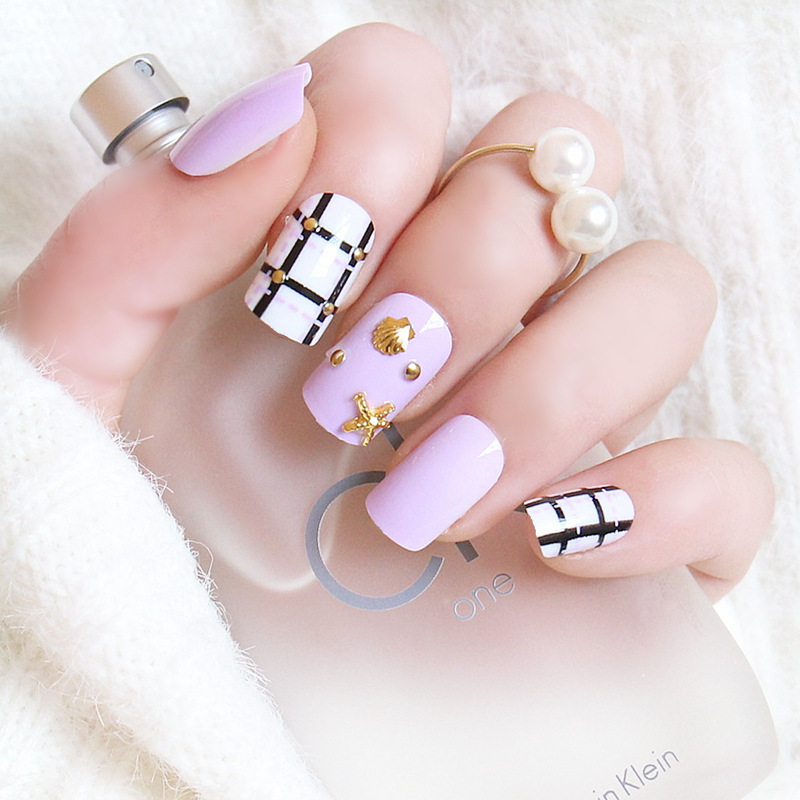 Fake Nails Light Purple White Black Cross Lines False Nail Tips 3D Nail Art Metallic Seashells Star Tips Z026