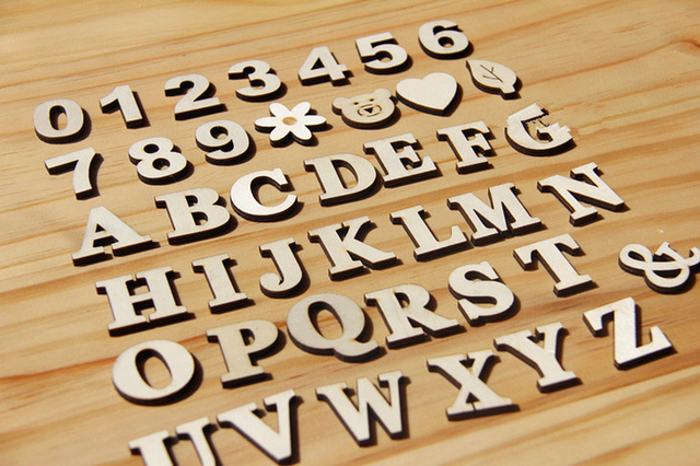 3cm A-Z 0-9 Wooden White English Letters Ornaments Decoration Crafts Wood Love Letter Wedding Decorative Numbers Home Room Hotel 2