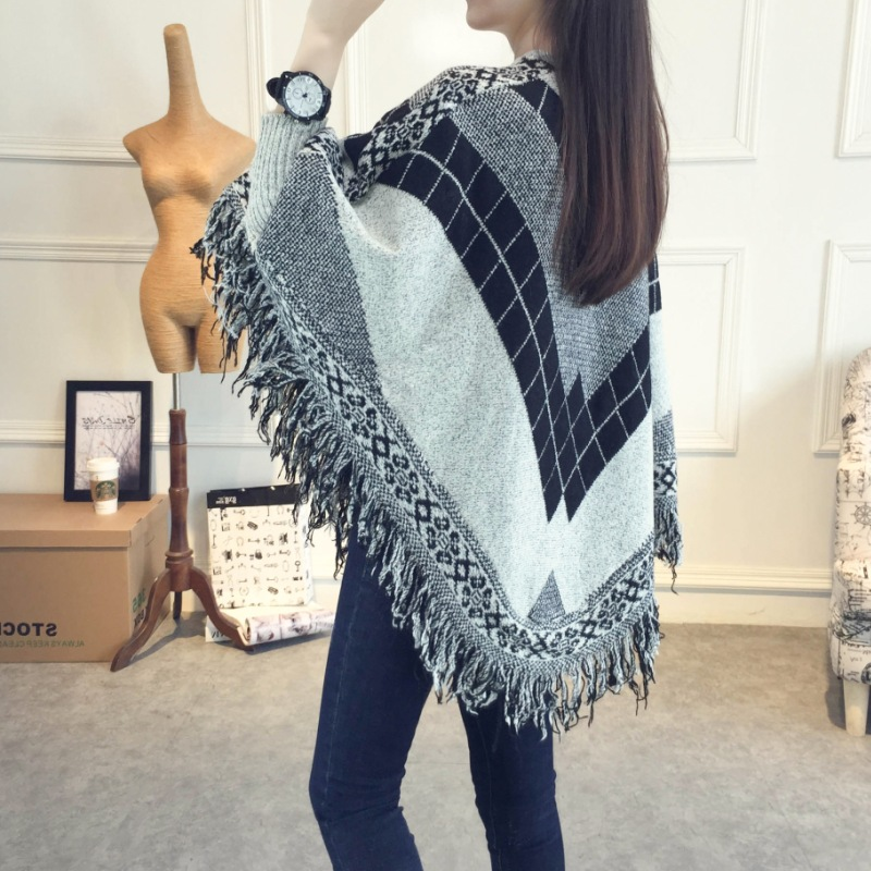 26310be2e Women Knitting Poncho Sweater Outwear Cloak Pullover Coats Batwing Sleeves  Knitwear Tassel Cape Long Sleeves-in Cloak from Women's Clothing on ...