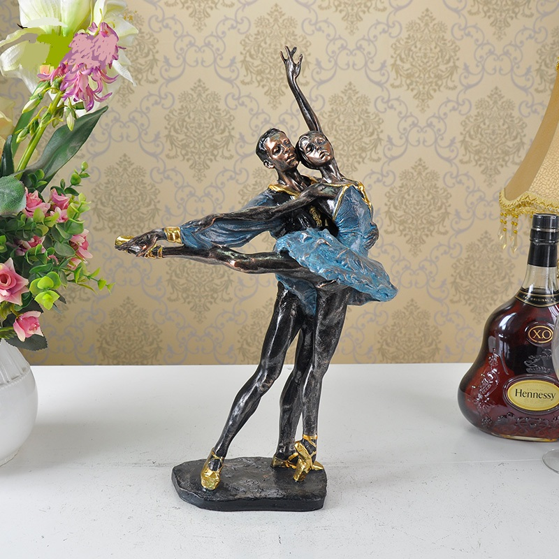 Vintage Ballet Dancer Lovers Sculpture Handmade Resin Ballerina Statue Decoration Art and Craft Present Ornament FurnishingVintage Ballet Dancer Lovers Sculpture Handmade Resin Ballerina Statue Decoration Art and Craft Present Ornament Furnishing