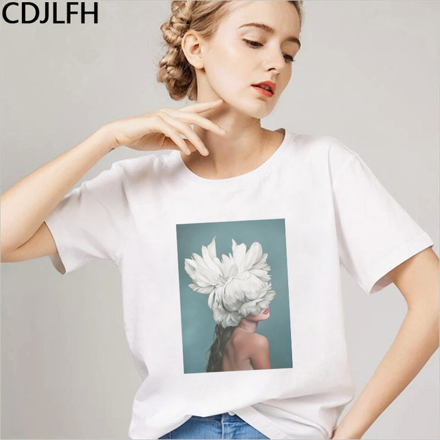 New Harajuku Aesthetic Tshirt Women Sexy Flowers Art Photography Black & White Feather Print Fashion Casual Tee Shirt Femme Tops