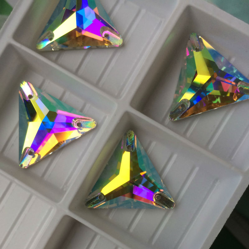 Topp 3270 Triangle 16mm 22mm Crystal AB Sy på stenglas Rynstenar - Konst, hantverk och sömnad - Foto 3