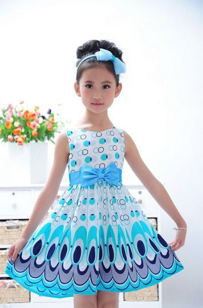 UNIKids בנות שמלות צבעוניות טווס חמודות שמלת נסיכה ללא שרוולים מעגל בגדי ילדים אופנה קוריאנית