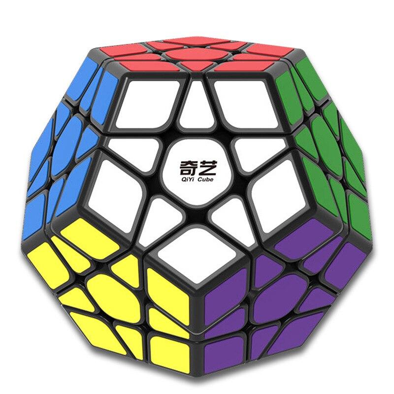 2017 Megaminx Magic Cube Carré Puzzle Vitesse Autocollant Cubes Éducatifs Remède Contre Le Stress Fidget Jouet pour Enfants Garçons