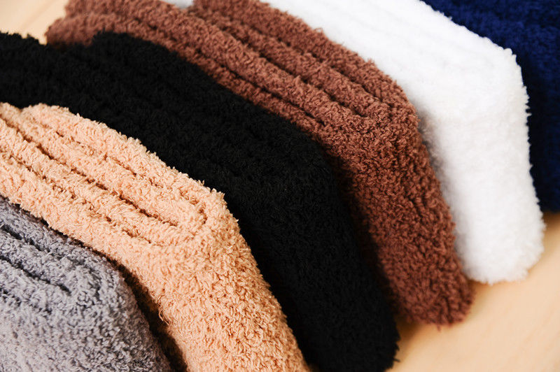 New Hot Sale Winter Warm Solid Color Men Warm Thicken Coral Fleece Socks Fluffy Sleep Bed Socks