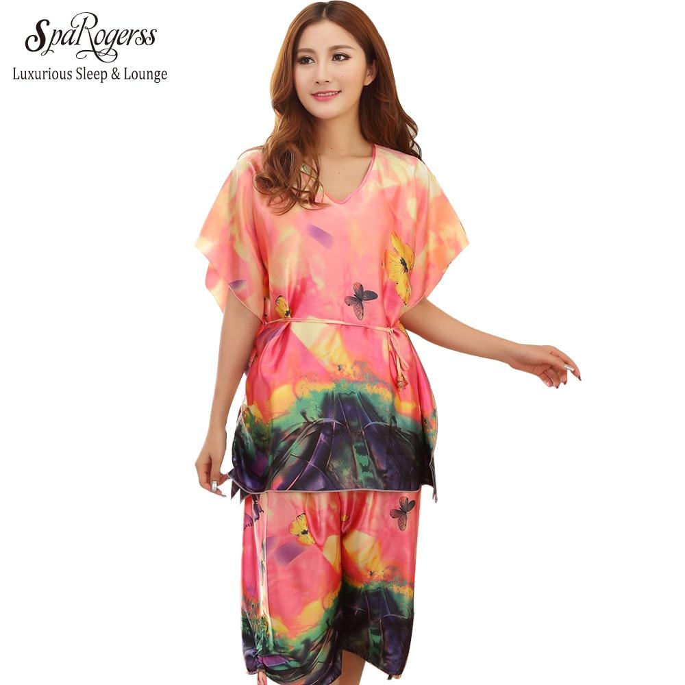 Top Promotion Fashion Women Pyjamas Set 2017 Big Size Lady Nightwear Bath Robe Short Pants Set Sleep Lounge Home Clothing YT079
