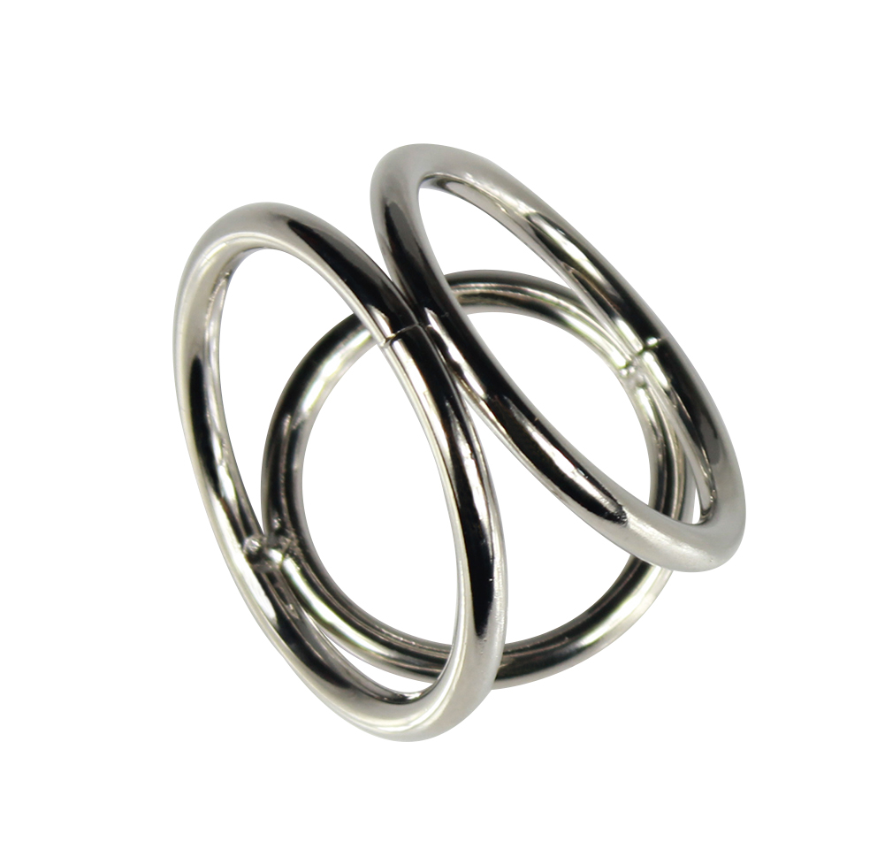 Чулках поймал металлические эро кольцо