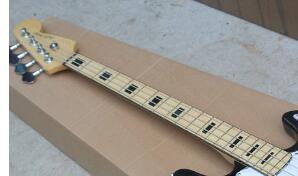 Livraison Gratuite 4 Cordes basse Guitare D'érable Cou