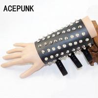 Fashion Cool Man Round Rivet Leather Bracelet Men Women Unisex Vintage Wide Cuff Punk Party Bracelets Three Buckle Adjust Size