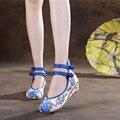 Velha Pequim Sapatos Pavão das Mulheres Flats Sapatos Casuais Bordados Mary Janes Pano Macio Sapatos De Dança Plus Size 40
