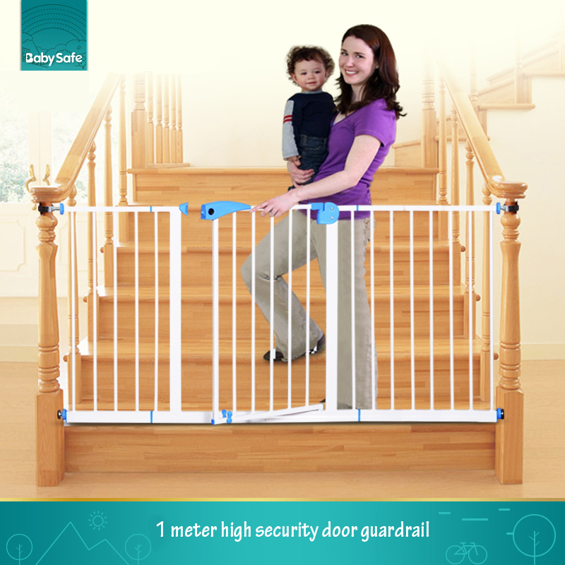 Free ship babysafe metal iron gate baby safety gate pet isolation fence 75 82cm width