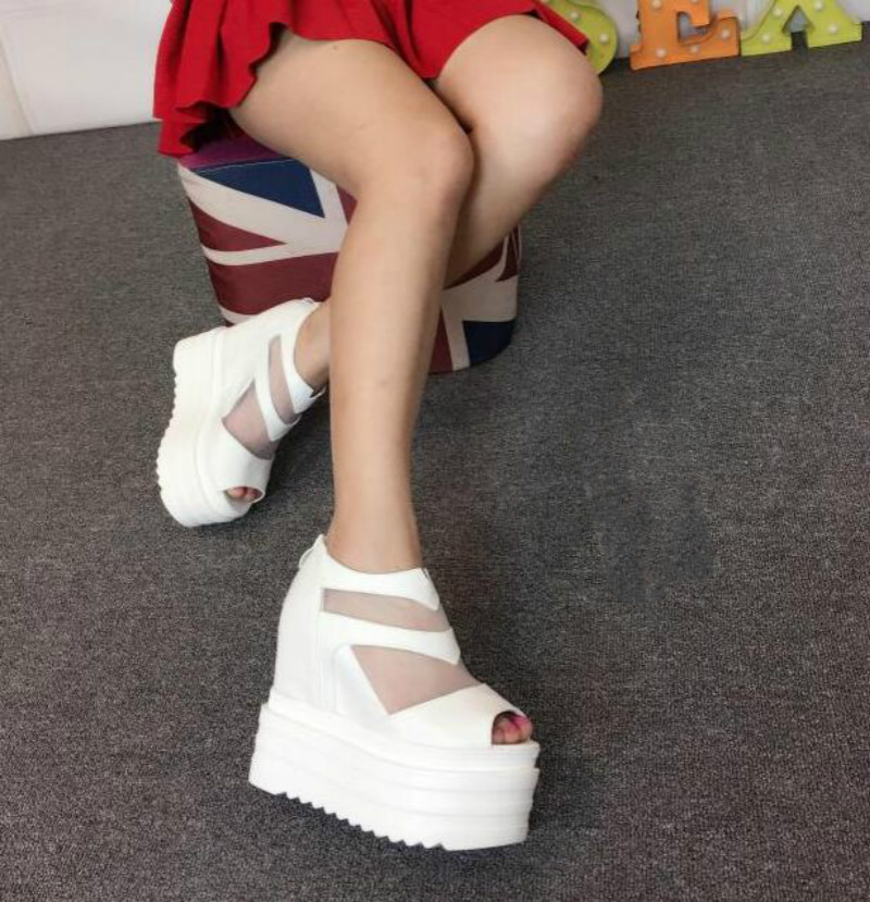ФОТО 2017 spring and summer new slope with 13cm nightclub shoes Thick T-Taiwan high-heeled women's sandals