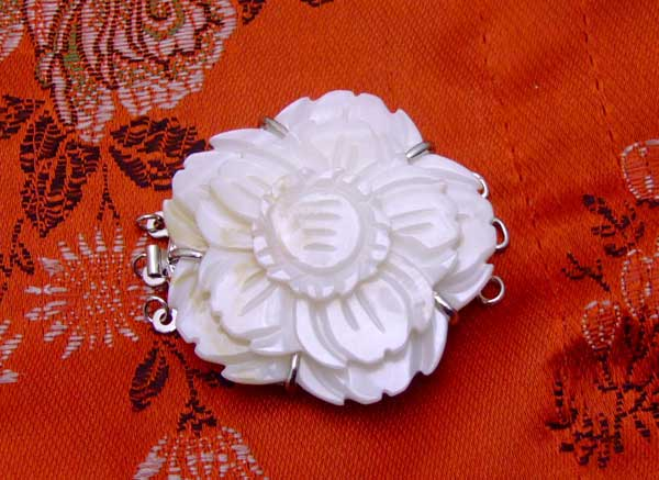 SALE Big 45mm natural Three Layer White Flower Shell three strands Clasp-gp75 Wholesale/retail Free ship
