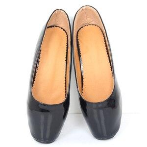 Image 3 - 女性女王バレエスパイクハイヒールスリップオンパテントレザーブーツセクシーなフェチ指摘パンプスダンスパーティー結婚式靴