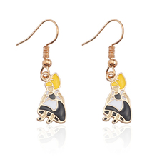 New Alice in Wonderland Earrings Female Cute Gold Enamel Color Small Figure Girl Cosplay Jewelry Brincos