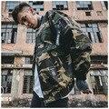 New 2017 Man jacket retro camouflage bomber jacket male embroidery badges couples coat
