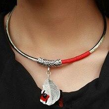 Качественные полые резные Мяо серебряные перья красные шелковые линии китайский стиль очаровательные вращающиеся оригинальные Чокеры ожерелье этнические ювелирные изделия