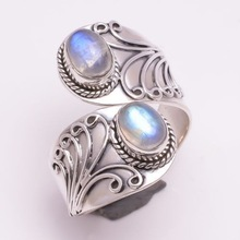 Retro Vintage Moonstone Ring Silver Fashion Carved Finger for Women Girls Punk Party Jewelry Accessories Gifts