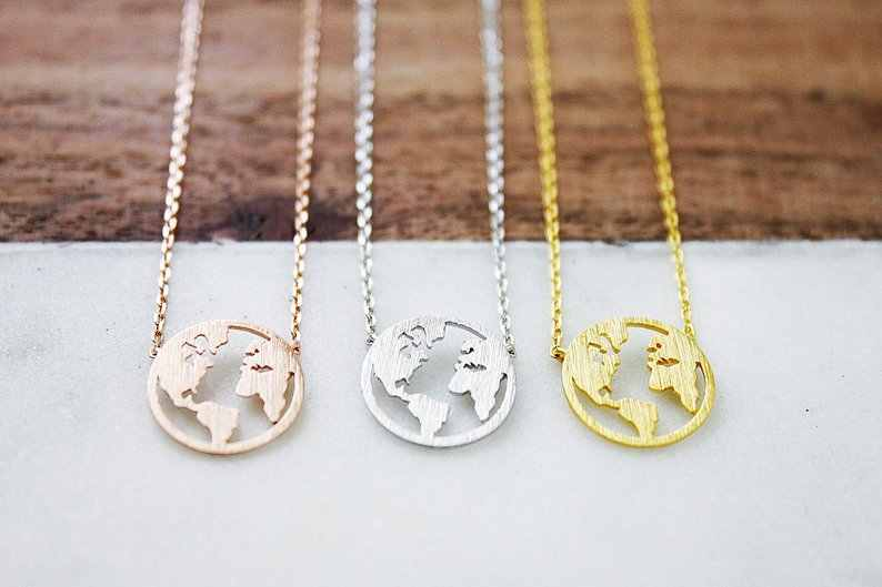 Coin Necklace Cut Out World Map Necklaces For Women Dainty Jewelry Rose Gold Round Charm Pendants Necklaces Best Friend Gifts