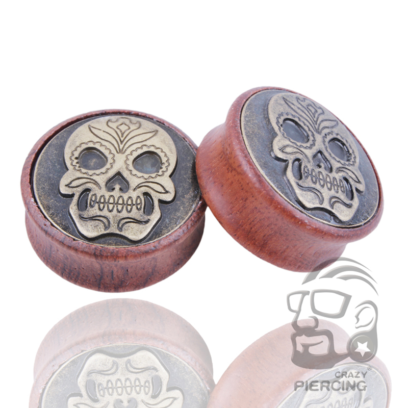 Pair Of Carved Skull Bone Organic Wood Ear Gauges Plugs Saddles Tunnels Piercing Woodlandhideawaypark Co Uk