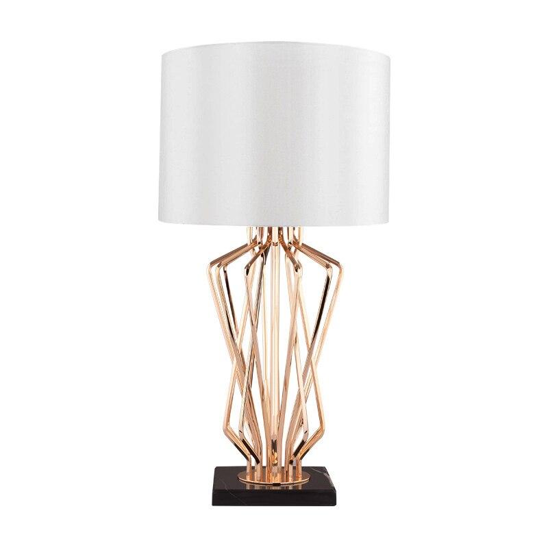 Пост современный светодио дный настольная лампа для Спальня Гостиная прикроватные домашние украшения освещения E27 ткань учебный стол огни