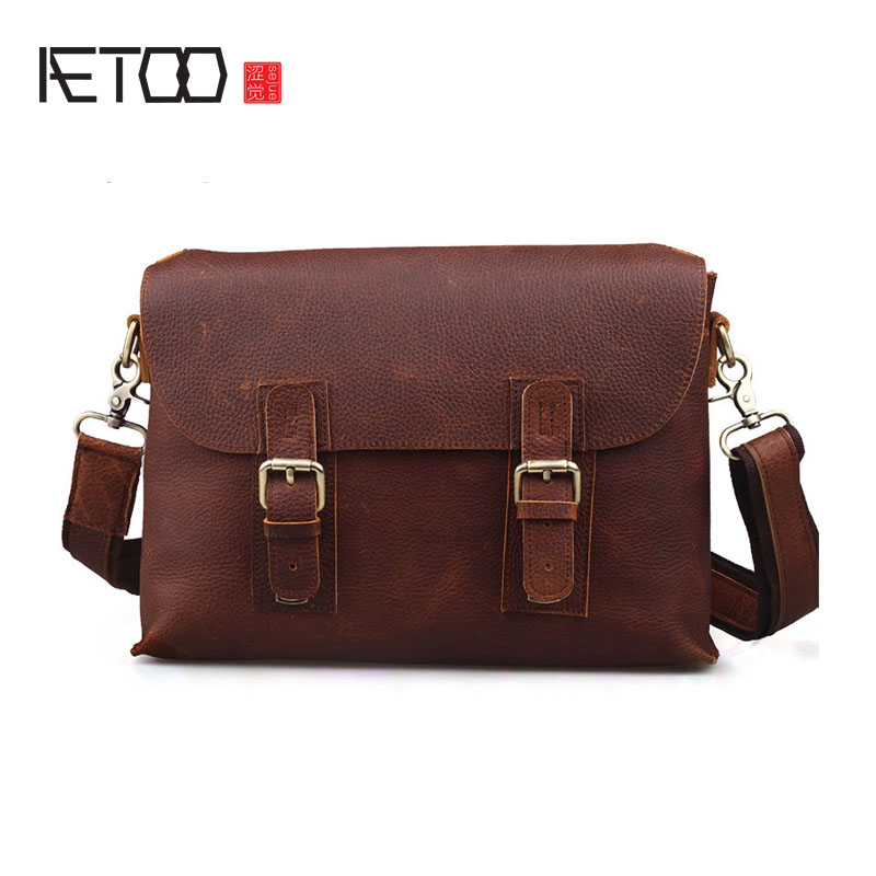 AETOO New retro mad horse leather Messenger bag leisure small large capacity male package aetoo crazy horse skin male package leisure retro guangzhou leather men bag vertical shoulder bag oblique package men s small ba