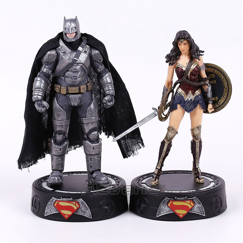 ФОТО Batman / Wonder Woman Statue with Light Figure Collectible Model Toy