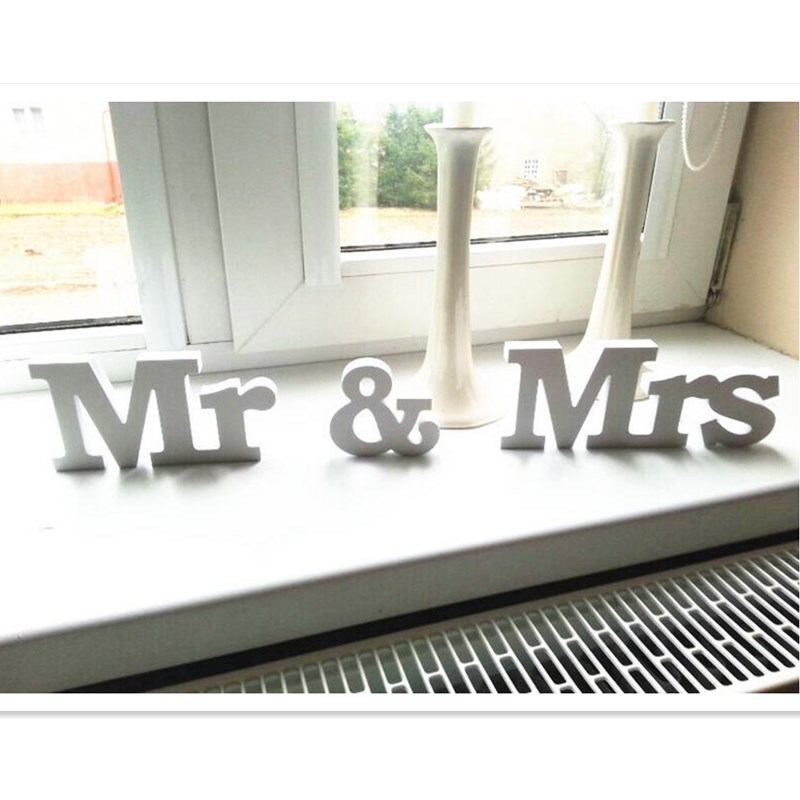Wedding decoration Mr & Mrs romantic mariage decor Party Decorations Pure White wooden similar letters Table Decor Wedding Sign