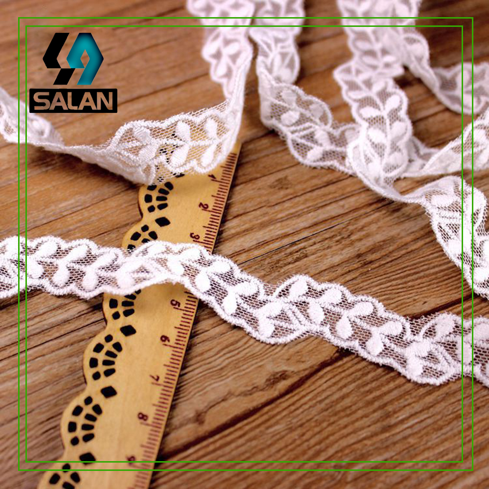 Small Decorative Spotlight: Spot Wholesale Small Saplings Mesh Embroidery Lace