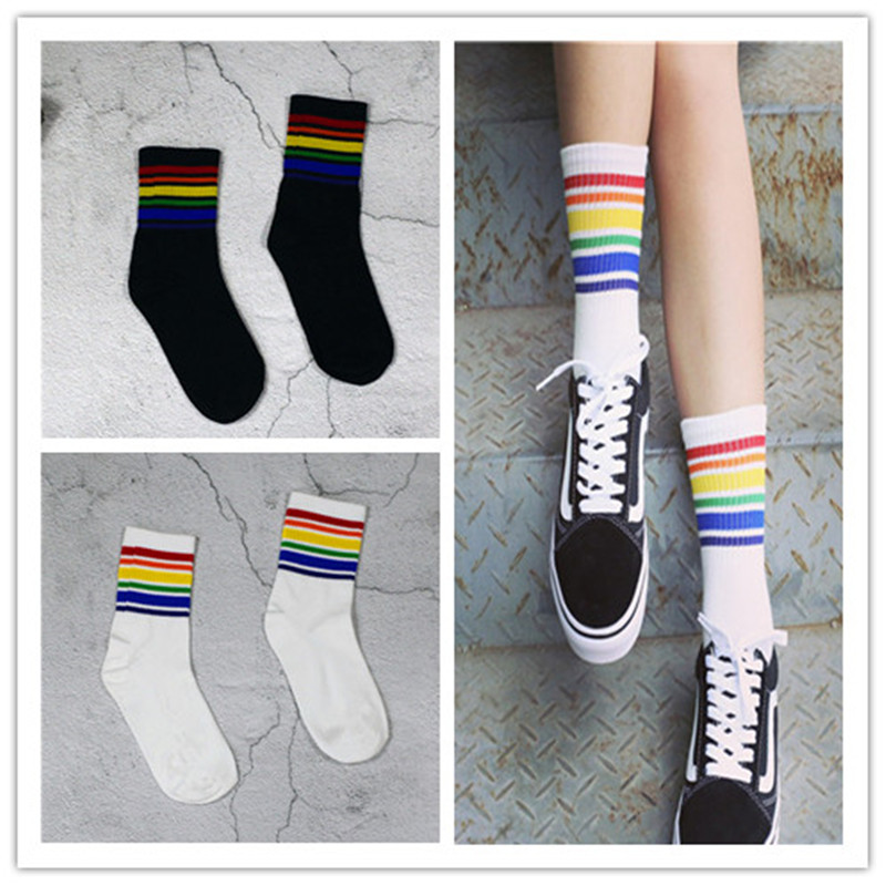 Harajuku Cool Skateborad Short Rainbow Socks Art Women Fashion White Cotton Socks Hipster Cartoon Colored Sport Ankle Sock Women