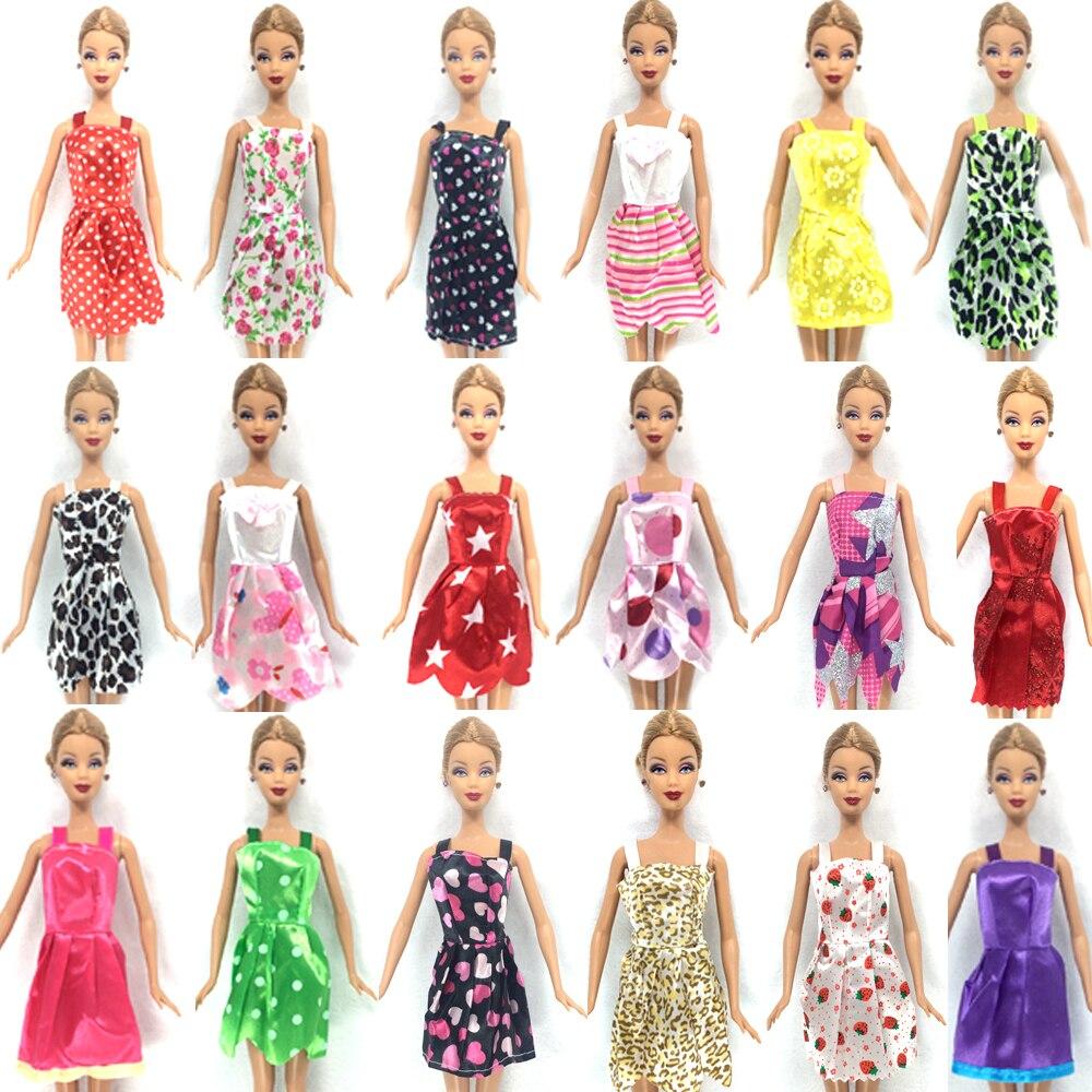 NK-28-ItemsLot10-Pcs-Mix-Sorts-Beautiful-Party-Clothes-Fashion-Dress-6-Pcs-Plastic-Necklace-12-Pair-Shoes-For-Barbie-Doll-1