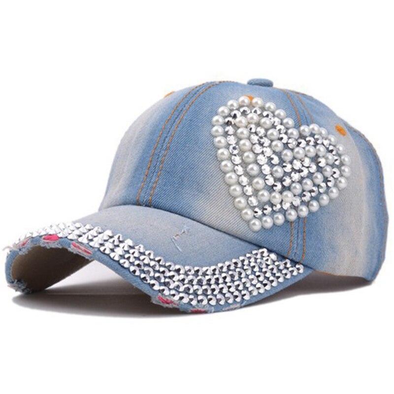 2018 nuevo corazón de diamantes de imitación de béisbol gorras de ... ce4e624b0ca