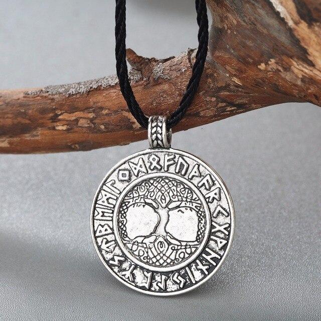 Collier nordique Vikings Runes 5