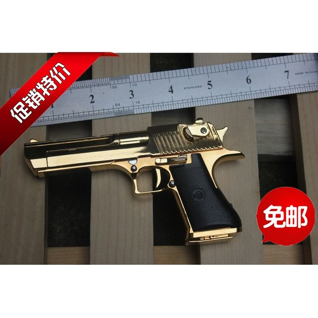 Gold 1205 Desert Eagle Pistol Gun Model Detachable With 7 Bullets 1 Cartridge