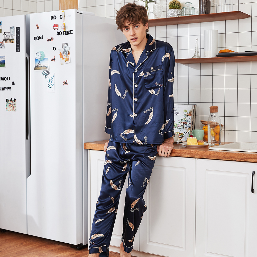 Printed Long Sleeve Men Pajama Pijama Set Silky Satin 2PCS Nightwear Casual Sleepwear Soft Pyjamas Summer Male Home Clothes
