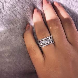 Starlight Female Promise ring 925 Sterling silver Pave AAAA cz Stone Wedding Band Rings
