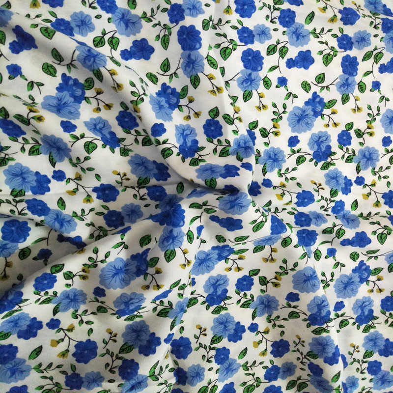 4 Metres Yellow Blue /& Lilac Blossom Flowers 100/% Viscose Printed Dress Fabric.