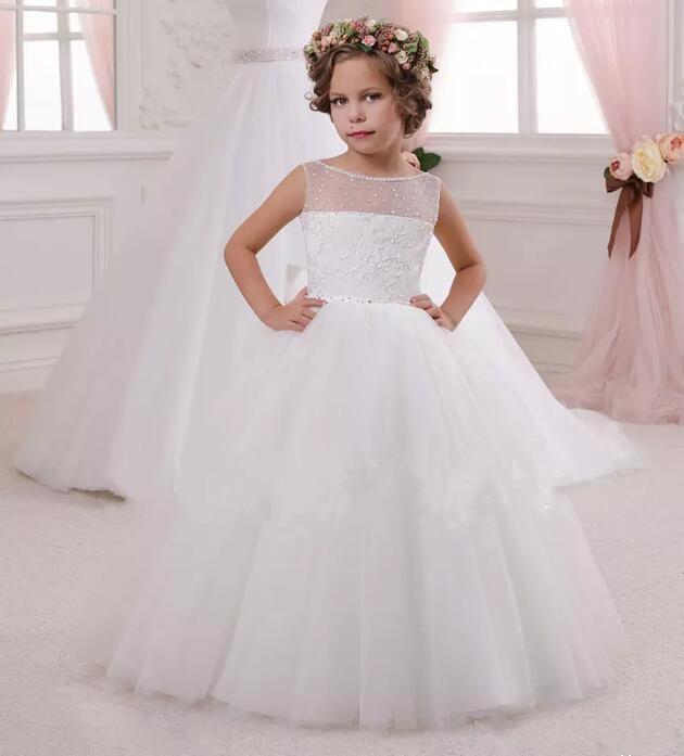 Белый Бальное Платье Девушки Цветка Платья 2018 Пушистые Тюль Аппликации Из Бисера Маленькие Девочки Причастие Платье Любой Размер