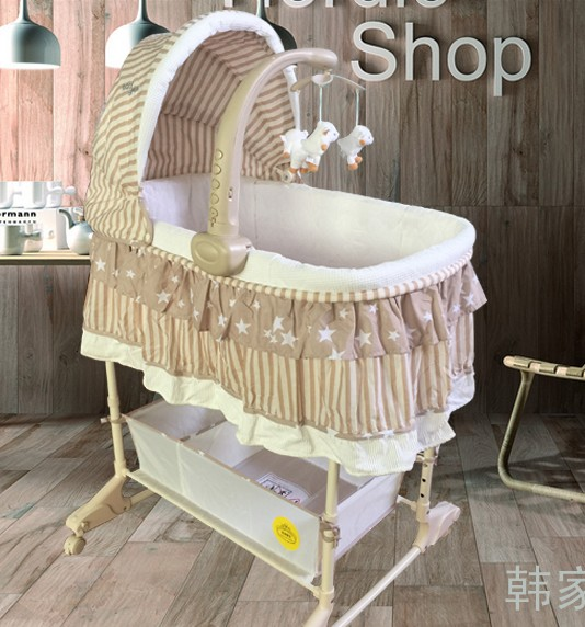 Baby cradle bed Europe type multifunctional with mosquito nets roller environmental baby cribs bb shaking bed basket fashion electric baby crib baby cradle with mosquito nets multifunctional music baby cradle bed