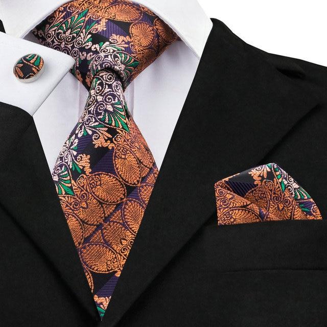 8a37f20ca47d Mens Cravatta di Seta Jacquard Arancione Novità Cravatte Per Gli Uomini  Hanky Gemelli Set Affari Festa