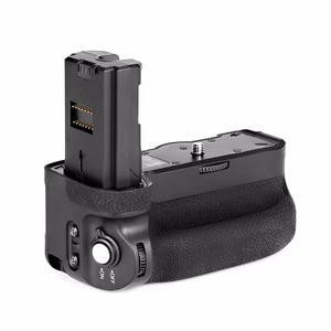Image 5 - Đế pin Meike MK A9 Pro Kẹp Pin 2.4GHz Remote Điều Khiển Từ Xa để Đứng Chức Năng chụp hình cho Sony A9 A7RIII A7III A7 III Camera