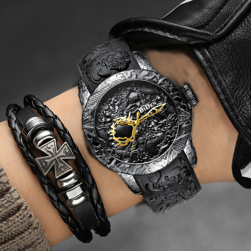 black-men-watches-fashion-3d-engraved-dragon-relogio-masculino-luxury-2018-top-brand-quartz-watch-waterproof-sport-male-clock