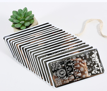 ฮาโลวีนคริสต์มาสแผ่นปั๊มเล็บแสตมป์ภาษาโปลิชคำภาพเล็บภาพ6.2*12.5 Konad Stampทำเล็บ