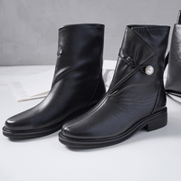 XiuNingYan Superstar Woman Boots Genuine Leather Med Heels Pearl Fashion Autumn Winter Mature Lady Punk High Quality Ankle Boots