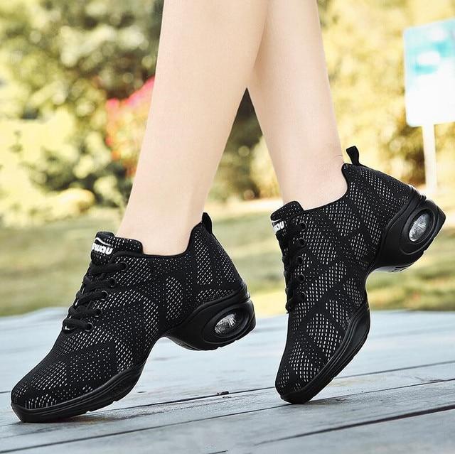 Hot البيع 2019 أحدث نمط أحذية رياضية النساء تنفس يطير نسج أحذية رقص للنساء ممارسة الأحذية الحديثة الرقص الجاز الأحذية