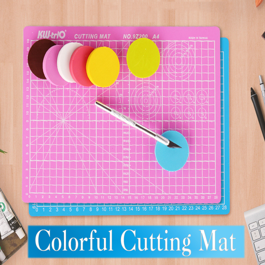 Colorful A4 Self Healing Cutting Mat With Grid A4 Craft Dark Green Pink Blue Black Patchwork Tools Cutting Pad 30cm * 22cm