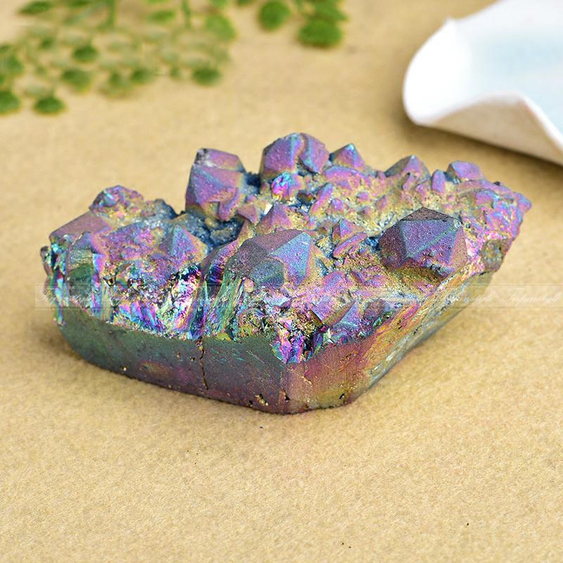1 PC couleur Aura Quartz cristal titane Bismuth silicium Cluster arcs-en-ciel C378 Feifanstyle pierres naturelles et minéraux
