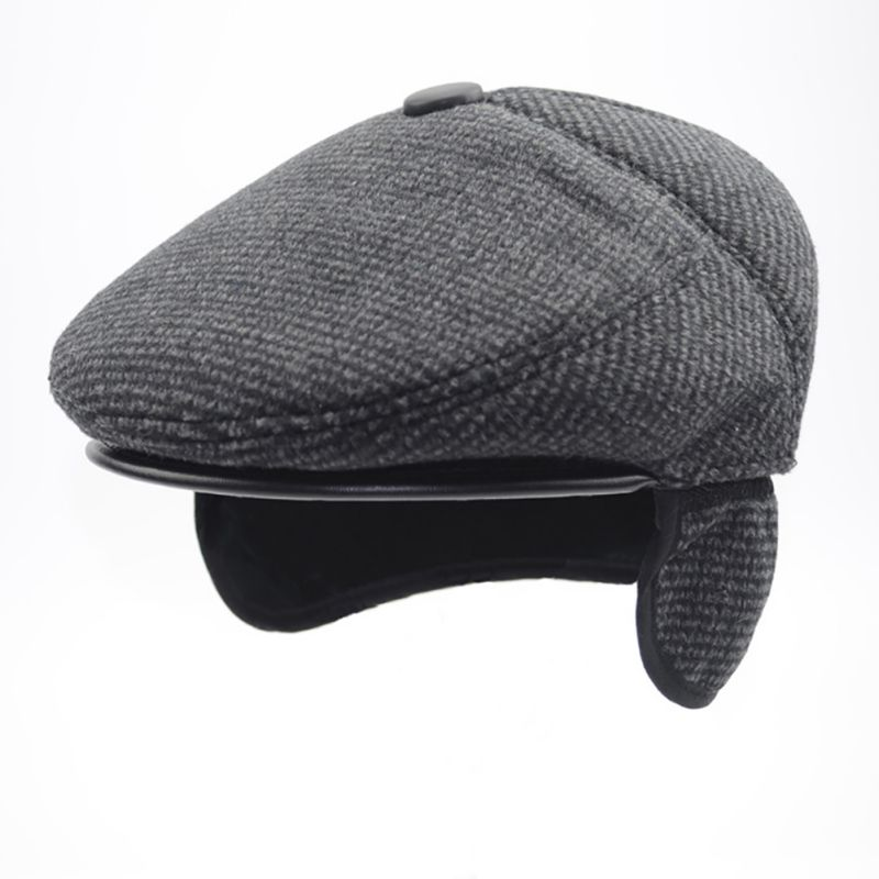 Newsboy Cap for Old Men Winter Cotton Thick Warm Ear-caring Long Hunting Cap  Fashion Male Solid Peaked Cap