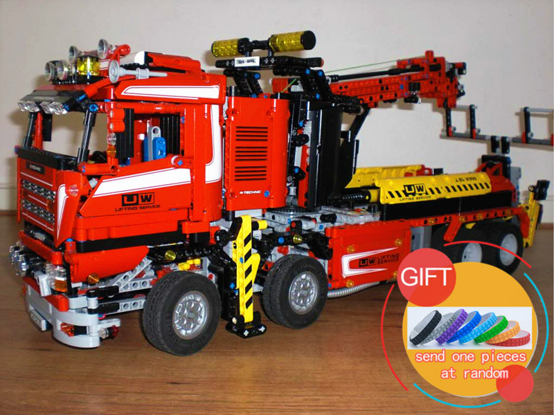 20013 1877pcs The Electric Crane Truck Technical series Set Compatible with 8258 Building Blocks Toys