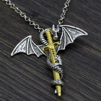 Кулон дракон и меч